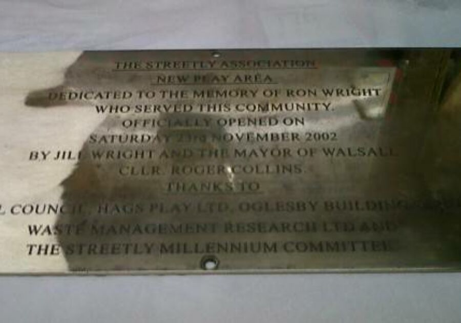 Brass War memorial restoration